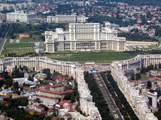 parlament bucuresti.jpg