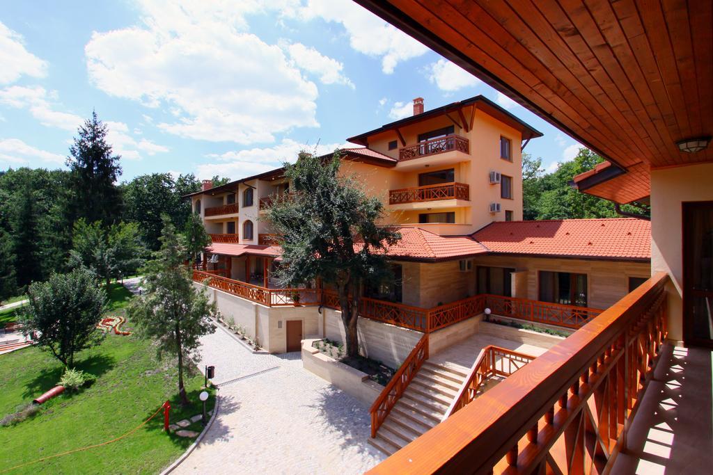 Хотел Армира****