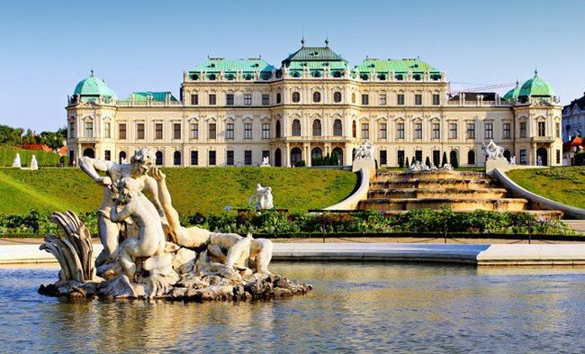 Виена и Будапеща от Русе